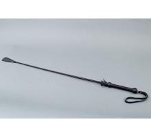 Витой короткий стек с кожаным наконечником в форме ступни - 70 см.